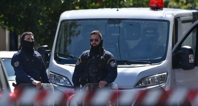 Αυτοί είναι οι 11 που συνελήφθησαν από την Αντιτρομοκρατική σε Σεπόλια και Εξάρχεια (φωτο)