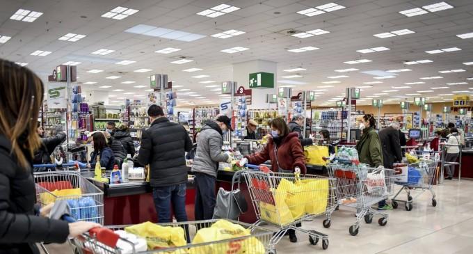 Σούπερ μάρκετ: Ποια είδη εξαφανίζονται – Μέρες χειρότερες από capital controls