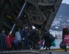 Μυτιλήνη: Μεταφέρθηκαν οι πρώτοι μετανάστες στο αρματαγωγό «Ρόδος» – Μηδενικές οι ροές για τρίτο 24ωρο (φωτο)