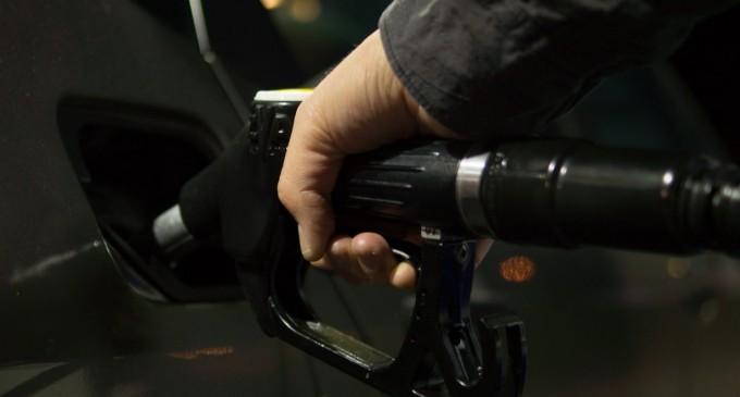 Καύσιμα: Κάτω από 1,4 ευρώ το λίτρο η βενζίνη σε ορισμένα πρατήρια της Αττικής