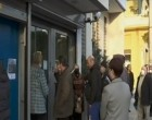 Απαγόρευση κυκλοφορίας: Έρχονται χρονικοί περιορισμοί – Ουρές έξω από τράπεζες