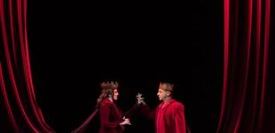 Δημοτικό Θέατρο Πειραιά: «Μόνοι μαζί» με τον Πολιτισμό-Διαδικτυακή προβολή της παράστασης ΜΑΚΜΠΕΘ