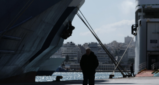 Κορωνοϊός: Σε καραντίνα για ακόμη 12 μέρες το πλοίο με τα 20 κρούσματα – Πόσοι νοσηλεύονται