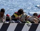 Πλακιωτάκης: Προσπαθούν με παλιά δεξαμενόπλοια να στείλουν μετανάστες από την Τουρκία