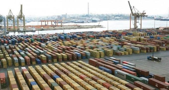 Σε διπλή «επιφυλακή» το λιμάνι του Πειραιά!