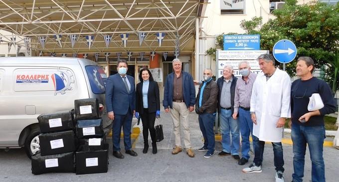 Η Κατερίνα Βουρεξάκη πρόσφερε υγειονομικό υλικό στο Τζάνειο νοσοκομείο