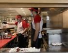 Βρούτσης για εργαζομένους: «Κανείς κάτω από τον κατώτατο μισθό ακόμη και αν δουλεύει 15 μέρες το μήνα»