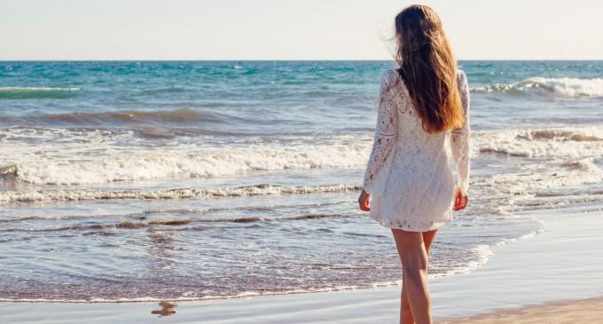 ΟΑΕΔ: Δωρεάν διακοπές για 533.000 δικαιούχους – Πότε ξεκινούν οι αιτήσεις