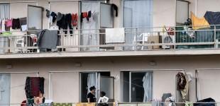 Μετανάστες έσπασαν την καραντίνα στο Κρανίδι και έκαναν πορεία στο Πόρτο Χέλι