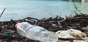 «Μπόνους» επιστροφής σε όλα τα πλαστικά μπουκάλια