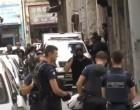 Επιχείρηση της ΕΛ.ΑΣ. στο κέντρο της Αθήνας για παρεμπόριο και ναρκωτικά