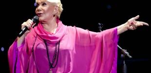 64 χρόνια Μαρινέλλα – Η καλλιτέχνης που έγραψε και γράφει ιστορία