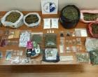 Έξι συλλήψεις σε Εξάρχεια, Καλλιθέα και Πετράλωνα για ναρκωτικά και όπλα