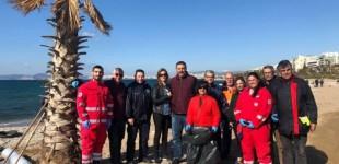 Στην παραλία του Παλαιού Φαλήρου πραγματοποιήθηκε το πρωτοπόρο πρόγραμμα καθαρισμού βυθού και ακτής WE SEA MORE