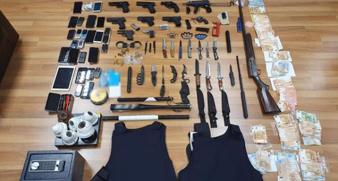 Τρεις αστυνομικοί στο κύκλωμα των μπράβων – Πωλούσαν προστασία και ναρκωτικά – Οργάνωναν κυνομαχίες