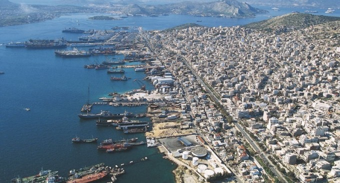 Κλιμάκιο του ΣΥΡΙΖΑ Πειραιά στη Ναυπηγοεπισκευαστική Ζώνη Περάματος