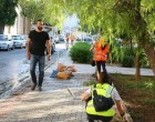 Καθαρισμός πλατείας στα Καμίνια