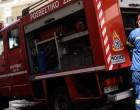 Φωτιά τώρα σε υπό κατασκευή κατάστημα στη Γλυφάδα