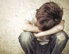 ΣΟΚ: Μητέρα κατήγγειλε τον 18χρονο γιο της ότι βίασε τον 13χρονο αδελφό του