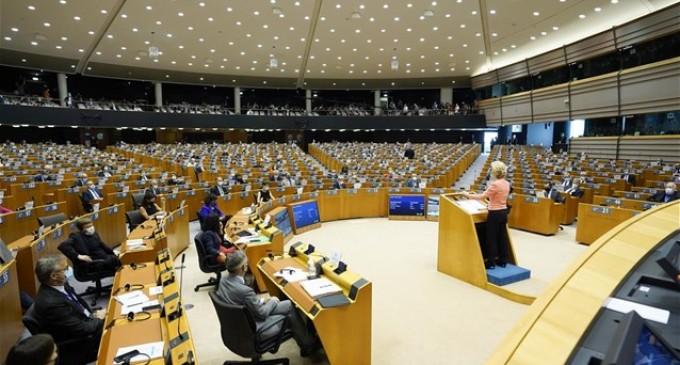 Προσκλητήριο δυνάμεων από την Ευρωπαϊκή Ένωση σε υγεία, οικονομία, εσωτερική αγορά και ενημέρωση έναντι της πανδημίας Covid-19