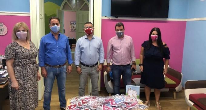 Γρηγόρης Καψοκόλης: Προσφορά 2.000 προστατευτικών μασκών & υλικού στα εκπαιδευτήρια της Ι.Μ.Π.