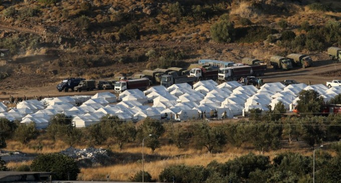 Μηταράκης: Κλείνει η δημοτική δομή του Καρά Τεπέ στις 31 Δεκεμβρίου