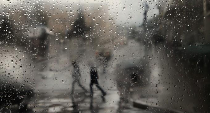 Καιρός σήμερα: Πού αναμένονται βροχές και καταιγίδες