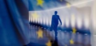 Στο Ευρωπαϊκό Δικαστήριο στέλνει την Ελλαδα η Κομισιόν για τη φορολογία εισοδήματος