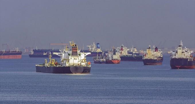 Δέσμευση για μείωση ρύπων από την παγκόσμια ναυτιλία