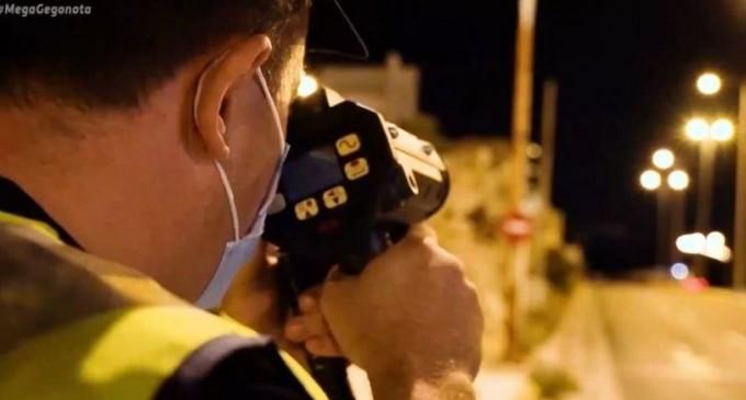 Καταδίωξη στις στροφές της Βάρκιζας για κόντρες: «Ταχύτητα 212 χλμ/ώρα» (βίντεο)