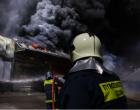 Φωτιά στη δομή φιλοξενίας στον Βοτανικό – Ένας τραυματίας