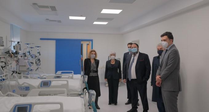 Βασίλης Κικίλιας: Εγκαινίασε 12 νέες κλίνες ΜΕΘ στο Νοσοκομείο Νίκαιας -Δωρεά Μαρινάκη, Φράγκου και ΙΟΝ Α.Ε.
