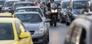 Τέλη κυκλοφορίας: Τα νέα πρόστιμα για όσους κυκλοφορούν ενώ έχουν κάνει κατάθεση πινακίδων