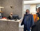 Ανάρτηση Δημάρχου Γιάννη Γκίκα για τα καταστήματα του Αιγάλεω