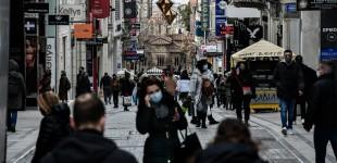 Πρεμιέρα για το λιανεμπόριο: Κοσμοσυρροή στην Ερμού – Ψώνια με ουρές, μέτρα και αποστάσεις