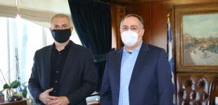 Συνάντηση Δημάρχου Πειραιά Γιάννη Μώραλη με τον νέο Πρόεδρο του Β.Ε.Π. Γιώργο Παπαμανώλη-Ντόζα