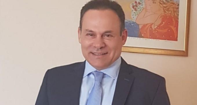 Ο Ν.Μανωλάκος ζητά οικονομική ενίσχυση των επιχειρήσεων στον Πόρο