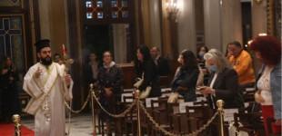 Πάσχα: Ανάσταση 21:00 με 22:00, λειτουργίες στις 18:00 τη Μεγάλη Εβδομάδα, λέει η Ιερά Σύνοδος