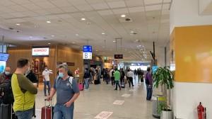 aerodromio_touristes_art