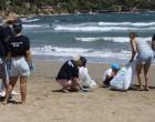 Περιφέρεια Αττικής – ΕΔΣΝΑ: Σε συνεργασία με το «Όλοι Μαζί Μπορούμε» καθάρισαν παραλίες σε Μαραθώνα, Ραφήνα – Πικέρμι και Αρτέμιδα- Σπάτα