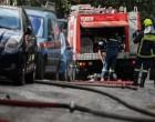 Κυψέλη: Φωτιά σε εγκαταλελειμμένο ιδιόκτητο χώρο -Κάηκαν τέσσερα αυτοκίνητα