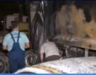 Πατήσια – Απορριμματοφόρο τυλίχθηκε στις φλόγες – Καταστράφηκαν 11 αυτοκίνητα