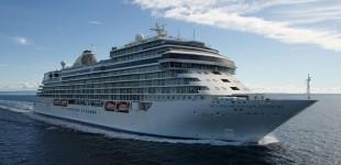 Κρήτη – Στο λιμάνι της Σούδας το «εξάστερο» κρουαζιερόπλοιο Seven Seas Splendor
