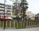 Ο Δήμος Πειραιάς παρέδωσε στα παιδιά τη νέα παιδική χαρά στην πλήρως ανακαινισμένη πλατεία Πηγάδας