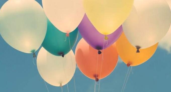Στο εδώλιο 3 άτομα για πώληση μπαλονιών με «αέριο γέλιου»