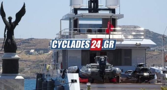 Στη Σύρο η θαλαμηγός των 11 εκατ. ευρώ που έχει πάρει βραβείο ντιζάιν
