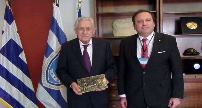 Συνεργασία του Υπουργείου Ναυτιλίας με το Διεθνές Ίδρυμα «Σαλαμίς»