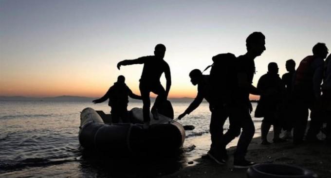 ΑΠΟΚΑΛΥΨΗ: Δύο ομάδες «λύκων» διακινητών-Έπαιρναν 7 χιλιάδες ευρώ ανά μετανάστη!-Πώς είχαν στήσει τις «χρυσές» μεταφορές