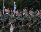 Public Issue: Οι Έλληνες εμπιστεύονται τον Στρατό, την Αστυνομία και τα Σχολεία