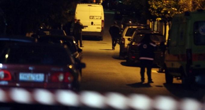 Άγιος Δημήτριος: Η ΕΚΑΜ έδωσε τέλος στο θρίλερ – 60χρονος απειλούσε να αυτοκτονήσει